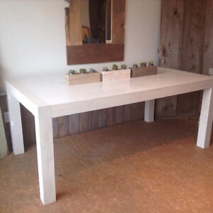 NEW Solid Fir Urban Chic White Washed Okanagan Harvest Table $15