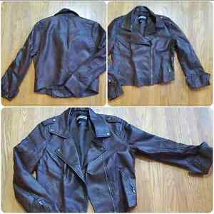 *NEW PRICE!* Ladies brown leatherette moto jacket! EUC.