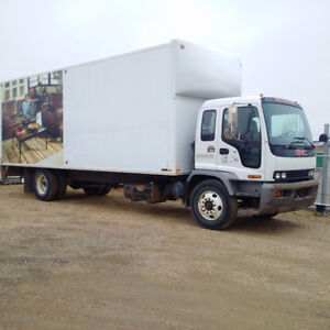 2005 GMC T7500 24ft VAN BODY DURAMAX AUTOMATIC
