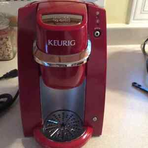 Red Keurig Mini in Excellent Condition