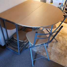 Foldaway Dining Table with 4 chairs