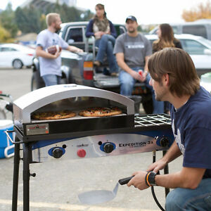 """Camp Chef Pizza Oven 16"""" Systems Moose Jaw Regina Area image 2"""