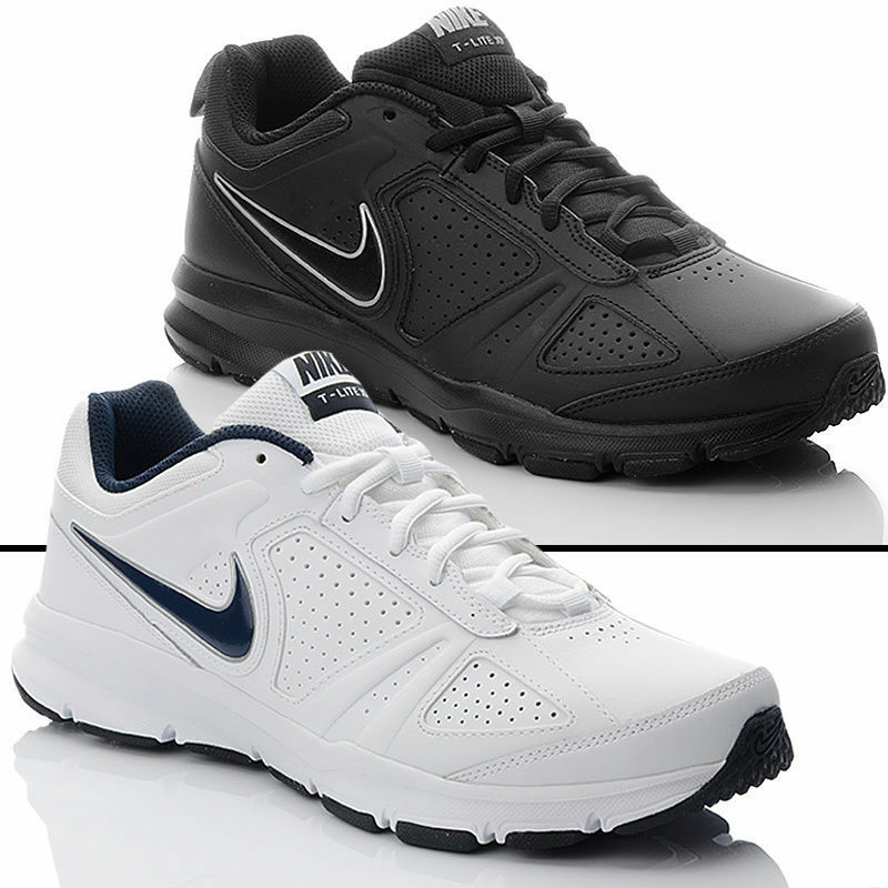 neuw. Nike Schuhe Sportschuhe 42