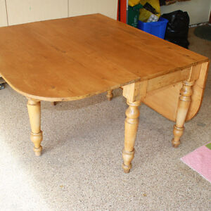 Canadiana Gate Leg Table Comox / Courtenay / Cumberland Comox Valley Area image 2