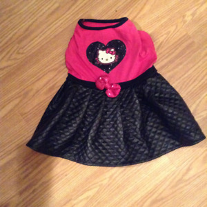 NEW Dog Coat (HELLO KITTY) (Hot Pink/Black Quilted)