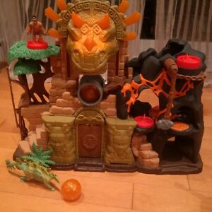 Fisher Price Imaginext Dino Fortress and Moving Dinosaur