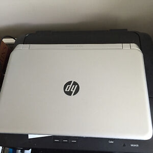 Barely used laptop, I switched to Mac so no use for it anymore