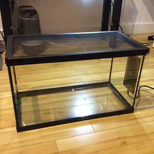 10G Reptile/Amphibian tank with Heating Pad and Screen Top