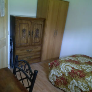 CHATEAUGUAY Nice Room for rent