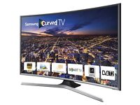"""Samsung 40"""" Curved LED Smart TV with stand. Built in Freeview and in Excellent Condition"""