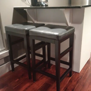 Leather Bar Stools For Sale