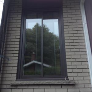 Fenêtre thermos coulissante aluminium noir