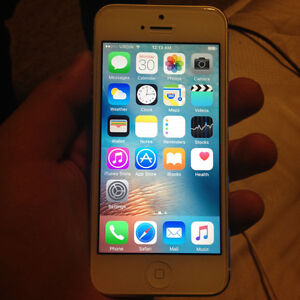 Mint Condition Iphone 5 32 Gb Bell/Virgin