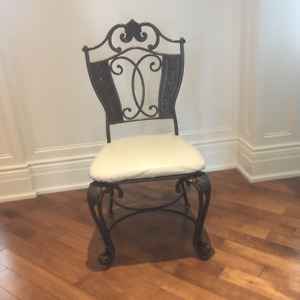 SET OF 10 CHAIRS / 10 CHAISES