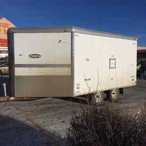 Sled trailer - V nose enclosed