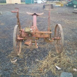 Oliver Single Furrow Sulky Plough for Sale
