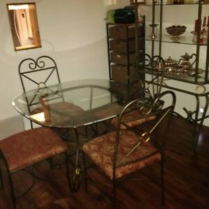 4-piece, glass top, dining set with 4 chairs and matching bakers