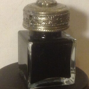 Vintage Antique Clear Square Thick Glass Inkwell Ink pot Bottle