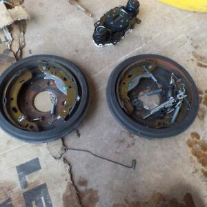 2011-2018 ford fiesta rear brakes