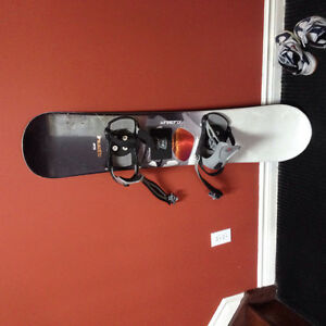 Selling junior firefly snowboard 30$ obo