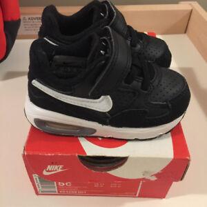 Nike Air Max, size 5