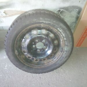 Snow tires and rims 205/55/r16 Oakville / Halton Region Toronto (GTA) image 1