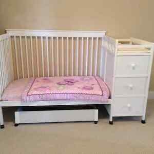 TODDLER BED with DRESSER