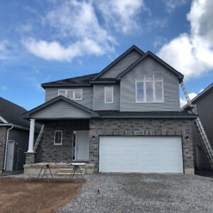Beautiful New Large 4BRs Detached Home for Rent in Niagara Falls