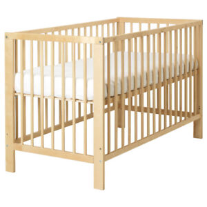Crib with mattress and liner