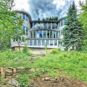 Beautiful waterfront cottage for rent in the heart of Muskoka