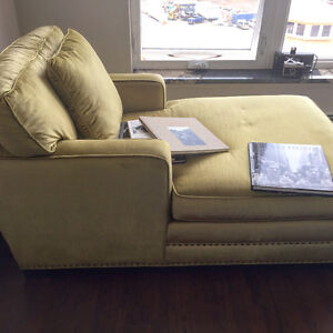 PRICE REDUCED MOVING THURS: CHAISE LOUNGE