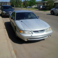 1998 Ford Mustang base Coupe (2 door)