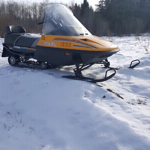 1990 ski doo safari L 2up