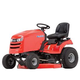 Ride on Mower Simplicity Regent XL, 46inch deck, save £1000 like new only used for 50 hours.
