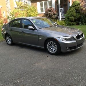 2009 BMW 3-Series 323i Berline