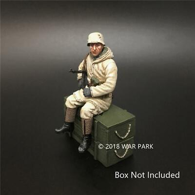 War Park KH028 1/30 Model Sitting Soldier Figure WWII German Army Collection