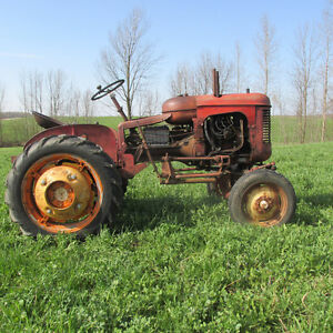 Massey Ferguson Pony tractor with accessories