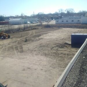 commercial land for lease/storage/parking fully fenced lot