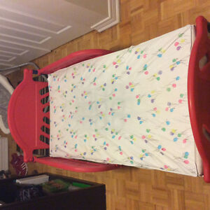 Toddler bed fram & matress. Great condition