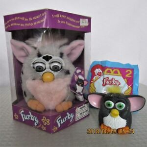 Mint Condition - ORIGINAL 1998 FURBY + Bonus  ONLY $40