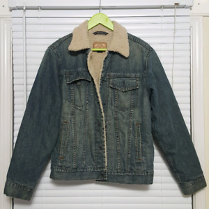 Sherpa Denim Jean Jacket - GAP ( Men's Small) Pick up only
