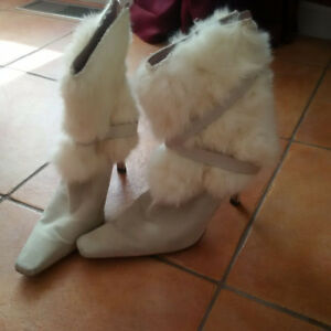 Suede and Fur Fashion Boots Size 9