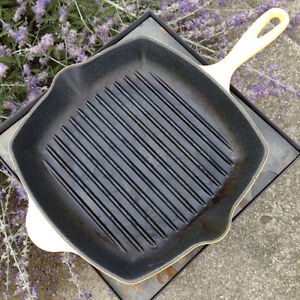 LE CREUSET FRANCE #26 YELLOW CAST IRON GRILL PAN SKILLET London Ontario image 3