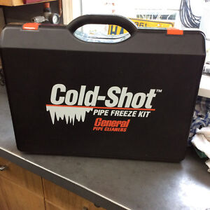 Pipe freeze kit