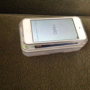 Ipod 5 - 32g White and Silver