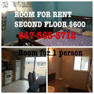 Room for rent second floor $600