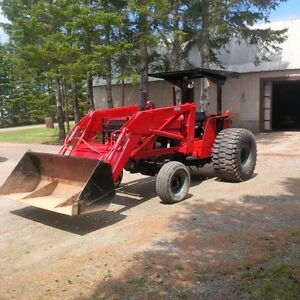 Farm tractor for sale - Case International 485