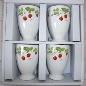 4 Strawberry HANKOOK Chinaware Co Footed Beverage Cups NIB