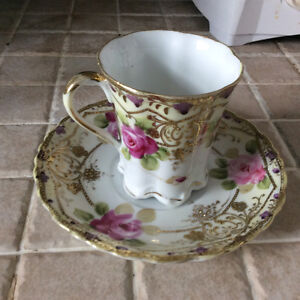 5 lovely bone china cups and saucers Kitchener / Waterloo Kitchener Area image 3