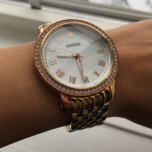 Brand new condition FOSSIL gold women's watch Cambridge Kitchener Area image 2